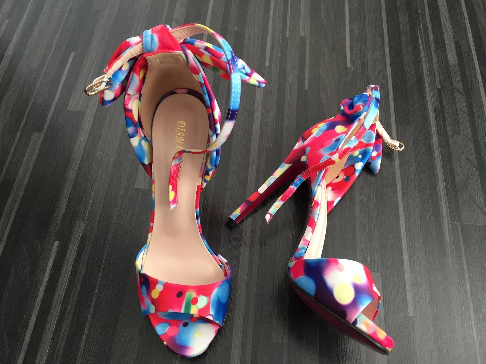 83b55930d Farebné sandálky s mašľou, 38 - 30 € od predávajúcej ikina177 | Detský  bazár | ModryKonik.sk