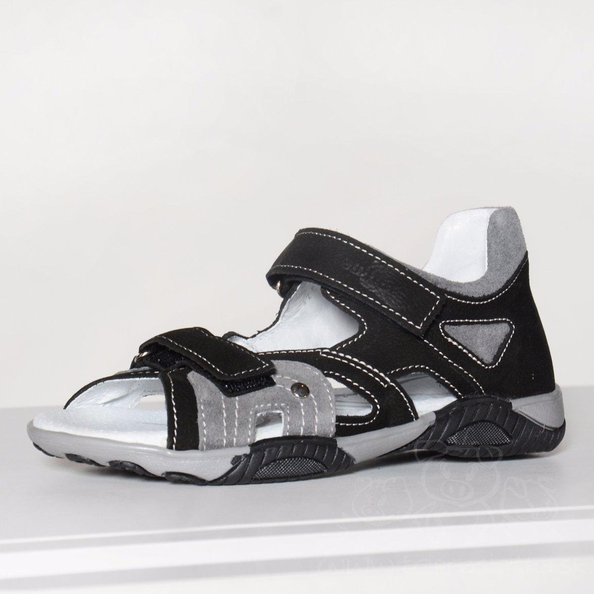 8b6656ef6196 Pohodlné kožené chlapčenské sandále   31-4282