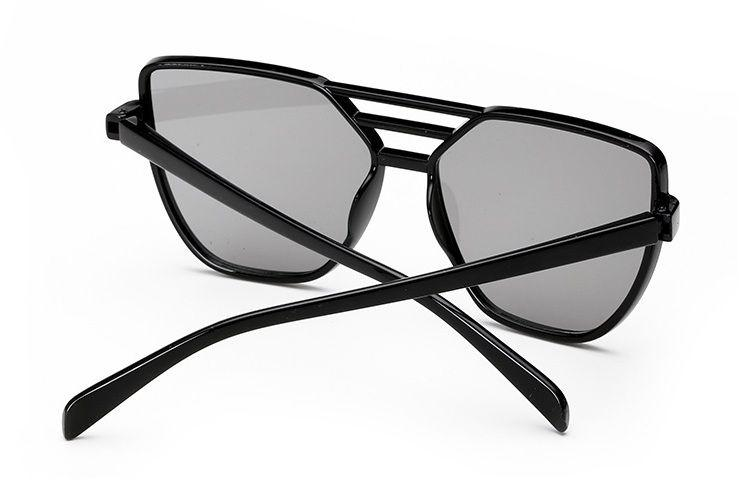Zobraz celé podmienky. Trendy dámske slnečné okuliare pilotka - čierna 55b8aff838d