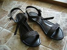 Čierne sandálky, deichmann,34