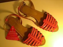 1dd3c6b20610 Sandále   Pre dámy - Strana 243 - Detský bazár