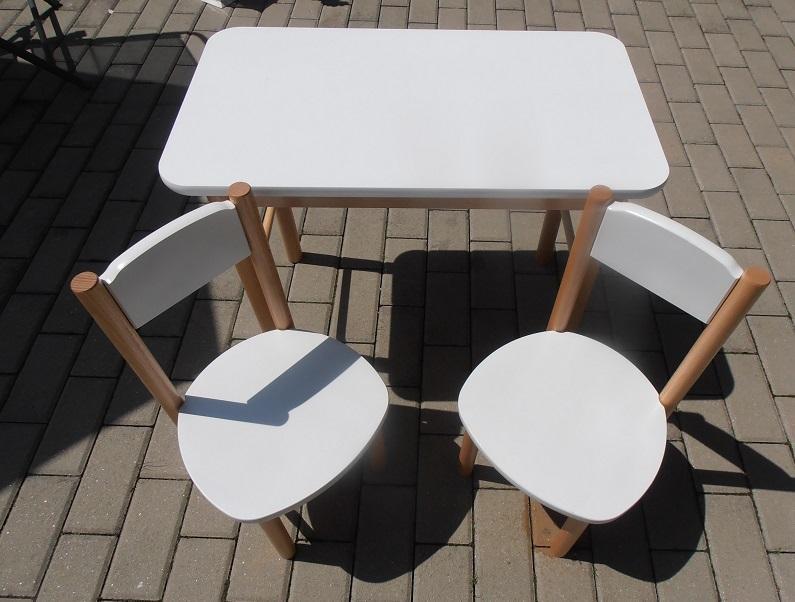 7623b4740eb46 Drevený stolik so stoličkami, - 44 € od predávajúcej neka2211 | Detský  bazár | ModryKonik.sk