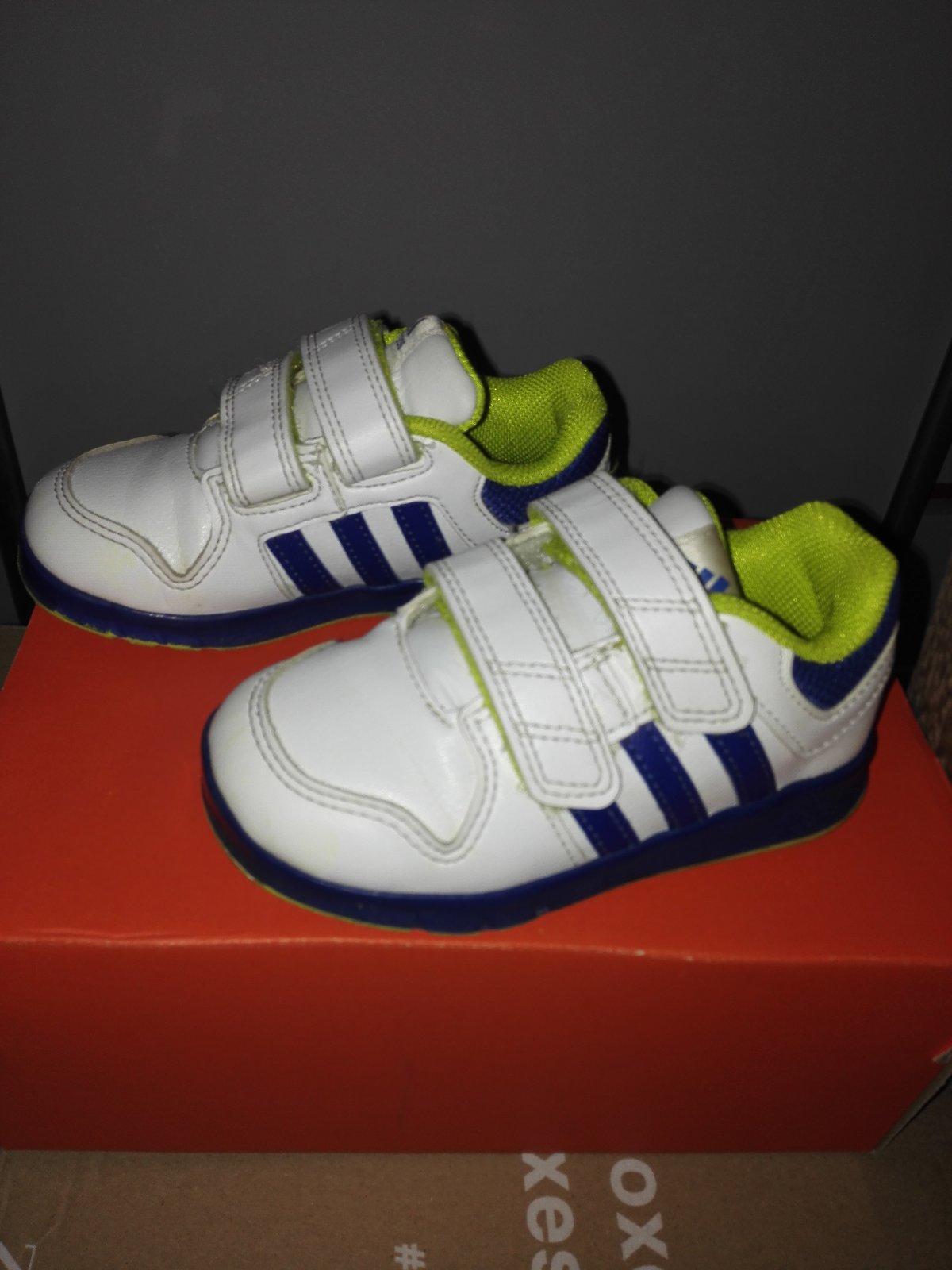 ab32ad7b536c4 Adidas botasky, adidas,23 - 15 € od predávajúcej martinka69 | Detský bazár  | ModryKonik.sk
