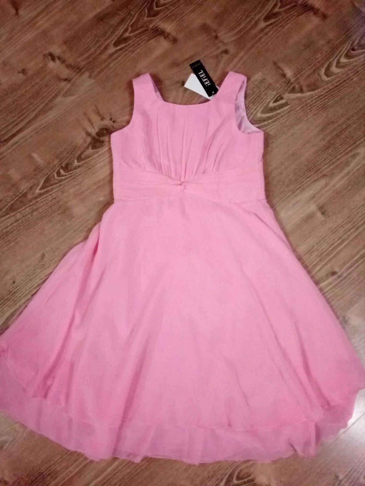 915a25137bb3 Dievčenské spoločenské šaty