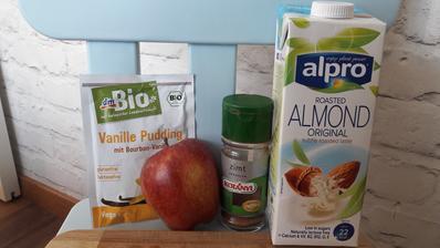 Puding so skoricovym jablckom