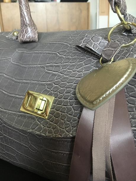 492f1f2103 Štýlová kabelka