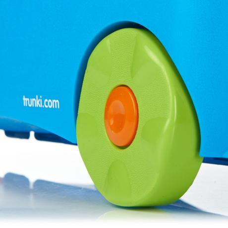 3359854d1a219 Cestovný kufrík trunki - terrance, - 42 € od predávajúcej taniela ...