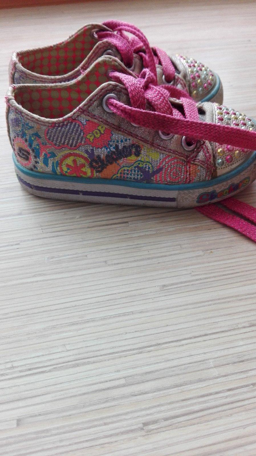 7bde267d148f2 Blikajuce topánky, skechers,22 - 8 € od predávajúcej mpo33 | Detský bazár |  ModryKonik.sk