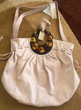 Bledoružová kabelka,