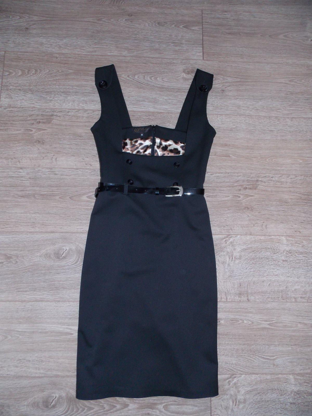 Púzdrové šaty - napr. na štátnice 6237ffa8737