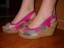 Sandálky na plnom opätku a platforme, baťa,37