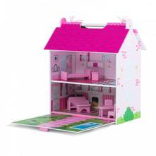 Drevený domček pre bábiky,