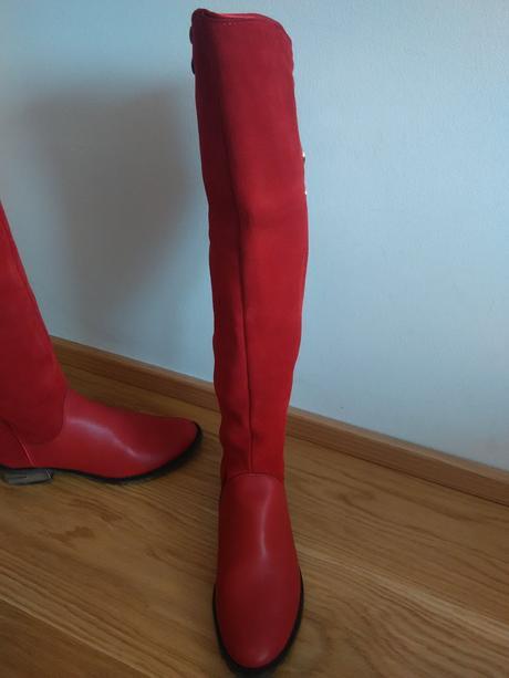 0adb1acc03 Červené kožené čižmy velk. 38