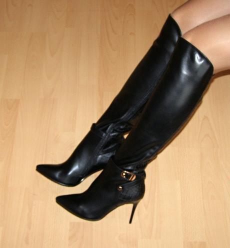 84da217a3f Nové luxusné čierne čižmy nad kolená č. 37-39