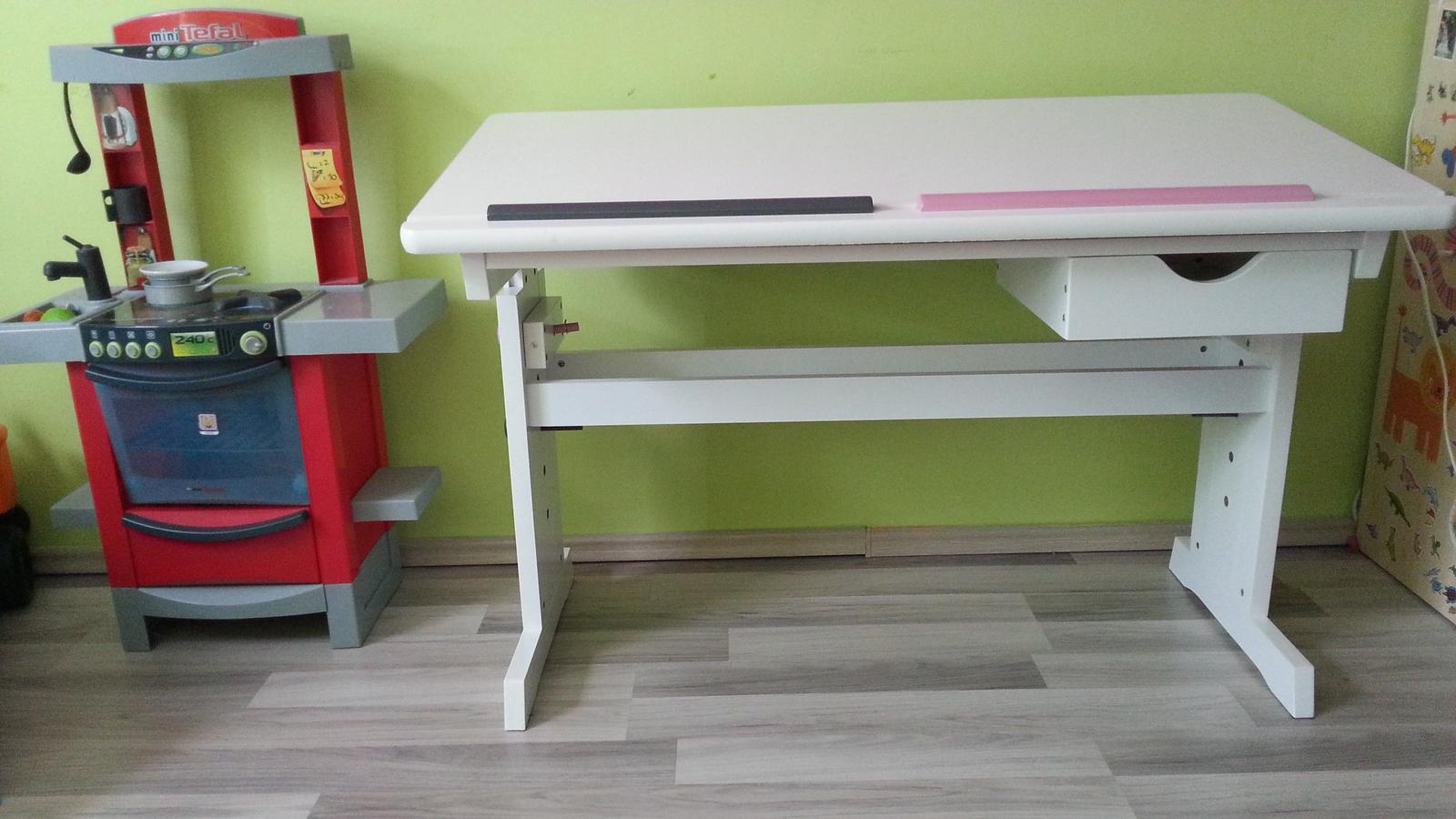 0bf4c03e1d38 Rastúci písací stôl z Lídla - str. 3 - Modrý koník