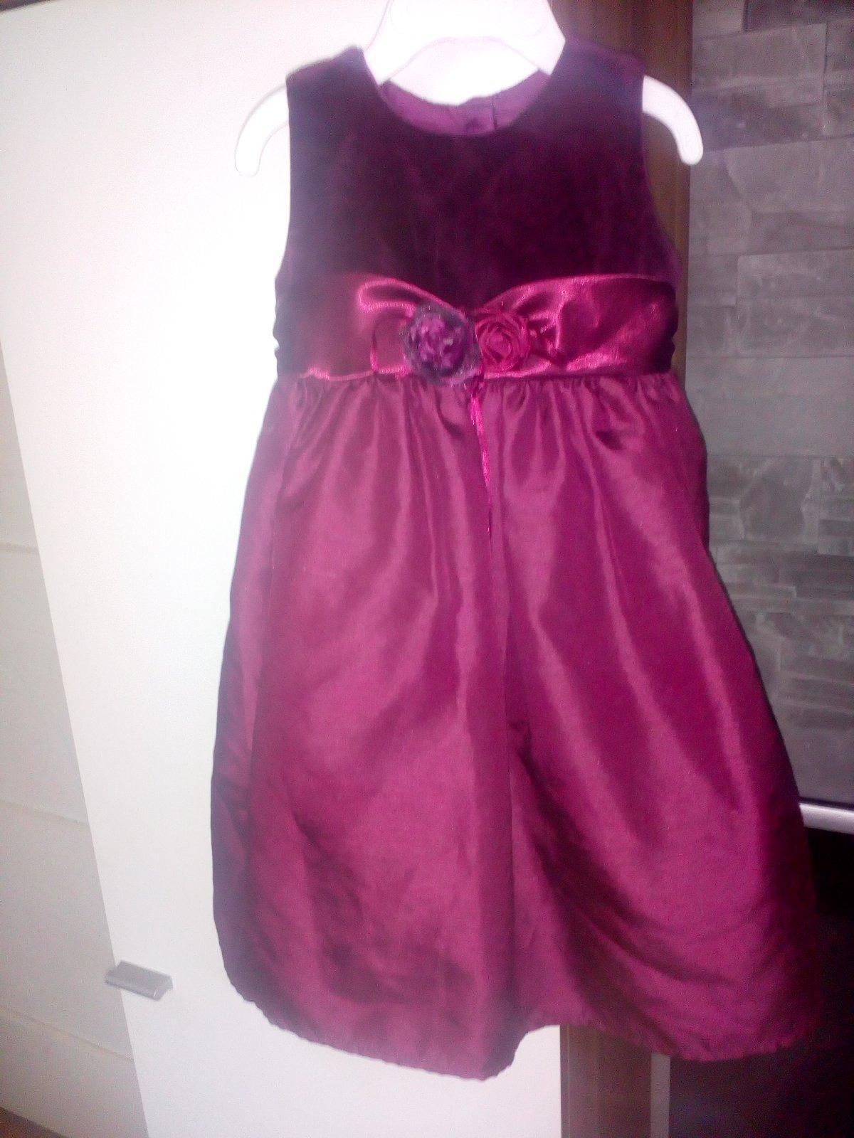 b908223147cd Krásne spoločenské šaty pre malú princeznú